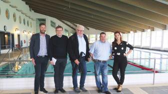 Från vänster: Daniel Unnerbäck, Stiftelsechef Valjeviken, Samstyret: Arne Bogren (M), Anders Jönsson (SoL), Robert Manea (KD), Louise Erixon (SD)
