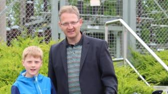 Freuen sich auf die erste gemeinsame Tour, Vater und Sohn Kröger: Nils Alfred (l.) für die Freibad Interessengemeinschaft Lenzinghausen und Sieghart  für den F.C. Torpedo Lenzinghausen 94 e.V.