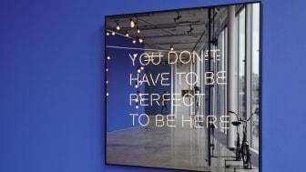 Jeppe Hein, YOU DON'T HAVE TO BE PERFECT TO BE HERE (DU BEHÖVER INTE VARA PERFEKT FÖR ATT VARA HÄR), 2012