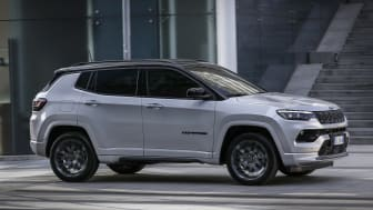 4. New Jeep� Compass S 4xe