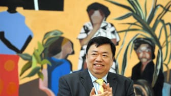 Northumbria graduate and keen art collector Mr Wee Teng Woon, of the Woon Foundation