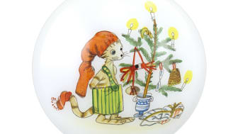 Årets julkula från UNICEF med motiv av Sven Nordqvist