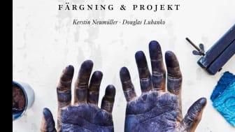 """""""Superkul att vi blir uppmärksammade för en bok med en annorlunda bindning"""", säger Maria Nilsson, utgivningsansvarig för  illustrerad fakta på Natur & Kultur om att En handbok om indigo har nominerats till Svenska Designpriset."""