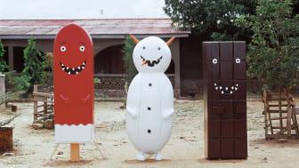 """Olaf Breuning: """"Mr. Melting Men (Icecream, Snowman og Chocolate)"""", 2004."""