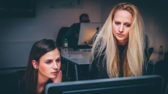 Itseohjautuvuuden hypetyksessä suomalaiset työntekijät kaipaavat edelleen johtamista.
