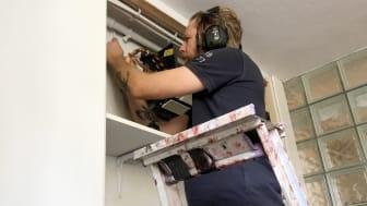 """Beijer Byggmaterial har tagit fram stödmaterialet """"Covid-19 guide för hantverkare"""" och """"Ditt hem är min arbetsplats"""" för att underlätta för hantverkare och deras kunder i hantering av smittspridning."""