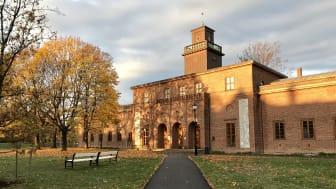 Vigeland-museet inneholder Gustav Vigelands atelier og bolig, samt hans urne i tårnet. (Foto: Unni Irmelin Kvam / Vigelandmuseet)
