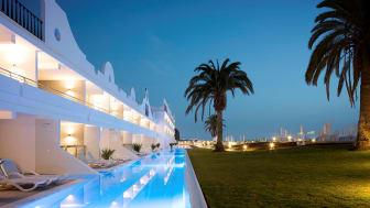 I 2017 flyver Spies hele to gange til Gran Canaria fra Bornholm. Her kan man bl.a. bo på det nye Ocean Beach Club by Sunwing.