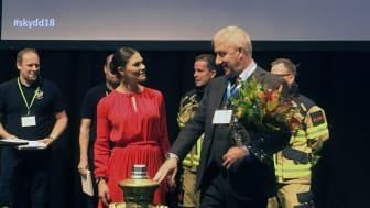 H.K.H. Kronprinsessan Victoria delade ut priset till Årets Räddningstjänst.