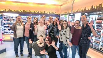 Das Team vom dm-Markt Grenzach-Wyhlen freut sich auf die Neueröffnung am 28. März