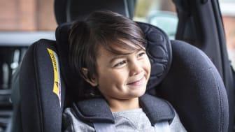 Fler och fler svenska barn åker säkert i bilen – och föräldrarna har allt bättre koll. Men trots det görs en hel del misstag, visar Volvias undersökning.