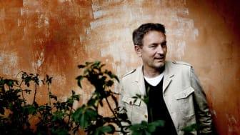 Expo får stöd av Tomas Ledin