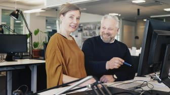 Jenny Ålander och Måns Adamson, vårdarkitekter som börjat på Liljewall i Stockholm.