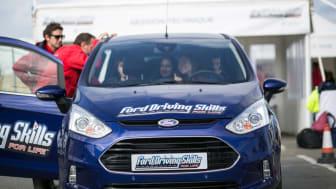 Ford Driving Skills for Life ingyenes vezetéstechnikai tréningprogram fiataloknak