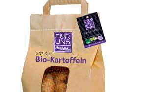 """Beispielhaft für Produkte aus Manufakturen und Landwirtschaften der Hephata-Marke """"Für Uns"""": Der Prototyp einer künftigen neuen Kartoffelverpackung."""