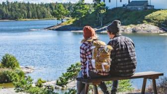 Naturen, den stora sjön Vänern och de många vandringslederna har lockat besökare till Destination Läckö-Kinnekulle under  vår, sommar och höst 2020. Foto: Linnéa Gustafsson