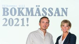 Oskar Ekström, programchef, och Frida Edman, ansvarig Bokmässan. / Foto: Pelle T Nilsson.
