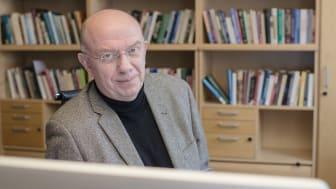 Peter Hedström avgår som vd för Institutet för Framtidsstudier och startar nytt forskningscenter för analytisk sociologi