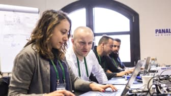 Panalpina's IT developers are all set to code and hack their way towards blockchain solutions that solve real-world supply chain challenges. (Photo: Panalpina)