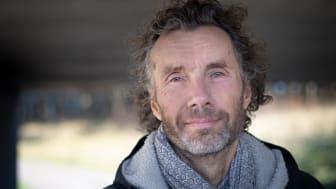 Toomas Timpka, professor vid Linköpings universitet och överläkare vid Region Östergötland, är en av forskarna bakom rapporten. Foto: Charlotte Perhammar