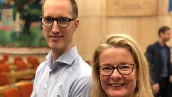 Jan Jönsson och Lotta Edholm. Fotot taget vid Liberalernas representantskap 14/10 2018.