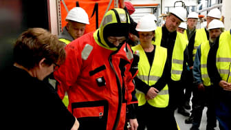 46 MARTEC students stopped by ESVAGT's suits department on their tour of the shipping company's premises.