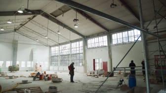 OPEN - en saluhall för design & VET HUT - vår egen studioglashytta