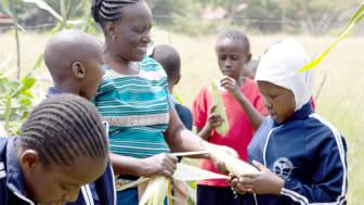 Gartenbaulehrerin Rose M. Ingala an der Rudolf-Steiner-Schule Mbagathi, Kenia (Foto: Lin Bautze)