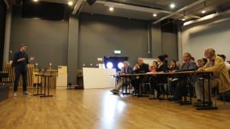 Förra årets Case handlade om att lösa ett problem för äldre och funktionsnedsatta. Lösningen presenterades inför juryn från Örebro universitet, Robotdalen och Saab.