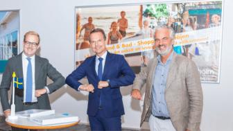 Robin Holmberg, kommunstyrelsens ordförande i Ängelholm, Peter Danielsson, kommunstyrelsens ordförande i Helsingborg och Anders Hylén, PEAB vid avsiktsförklaringen av kommunernas övertagande av flygplatsdriften.