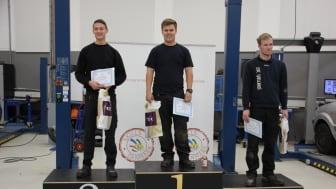 De tre vindere ved det sjællandske regionsmesterskab for personvognsmekanikere.