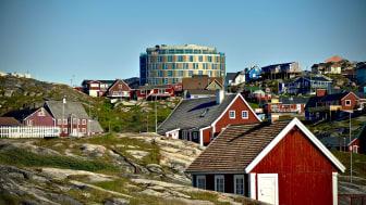 Efter många års planering och byggande har nu Grönlands nya lyxhotell, Best Western Plus Hotel Ilulissat, slagit upp dörrarna.
