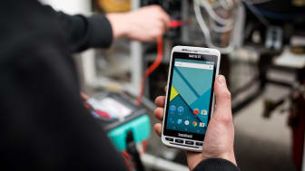 The NAUTIZ X2 all-in-one rugged Android handheld