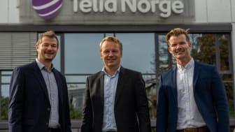 StalkIT og Telia Norge har inngått Norges største IoT-avtale. Einar Aaland, CPO, StalkIT, Jon Christian Hillestad, direktør for Telia Bedrift og Frode Hegglund, salgssjef for IoT i Telia Norge.