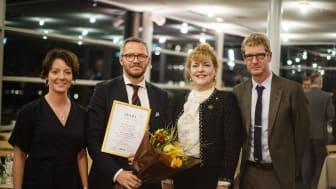 På plats för att ta emot priset, i Francesco Gattos namn, var Karl Bergman som är vd på Elypta. Här tillsammans med Matilda Ernkrans, Minoo Ahktarzand och Björn Florman.