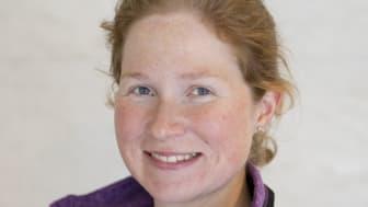 Sojamjöl kan med framgång ersättas av rapsmjöl som foder till mjölkkor, enligt Helena Gidlund.