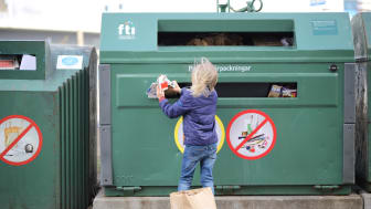 Rekord i insamlade förpackningar 2020 - så bra är Sverige på att återvinna