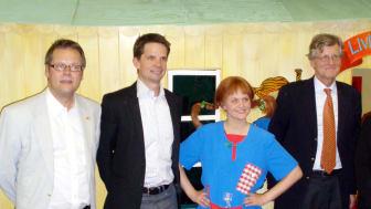 Pippi Långstrump hjälper Sveriges ambassadör i Washington DC inviga bibliotek