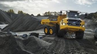 Hoffmann Baumaschinen har bland annat beställt 20 stycken Volvo A30G dumprar från Swecon.