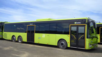 110 av bussene er tre-akslede Crossway LE Line laventré.