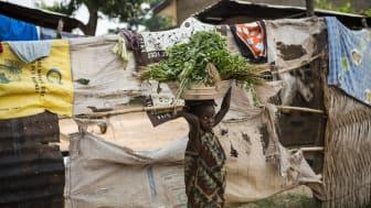 """Weil Millionen Familien durch die Pandemie in extreme Armut geraten sind, muss von einem massiven Anstieg von Kinderarbeit ausgegangen werden"""", sagt Boris Breyer, Sprecher der SOS-Kinderdörfer weltweit. Foto: Conor Ashley"""