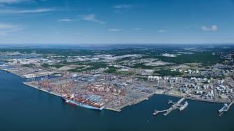 Delar av Göteborgs hamn från ovan. Bild: Göteborgs Hamn AB.