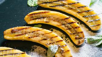Grillad banan med grillränder