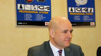 Statsminister Reinfeldt intresserad av Calix