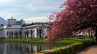 Bygget fra 1938 har huset våre faste utstillinger av norsk og internasjonal kunst.