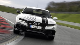 Følg den førerløse Audi RS 7 på Hockenheim - søndag kl. 12.45 på Audi MediaTV