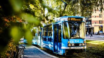 – Oslo er ikke det samme uten trikken, den hører helt klart hjemme i gatene våre. Etter en lang periode med buss for trikk ser Sporveien frem til å kjøre trikk over Grünerløkka til Storo igjen, sier adm.dir. Birte Sjule i Sporveien Trikken.