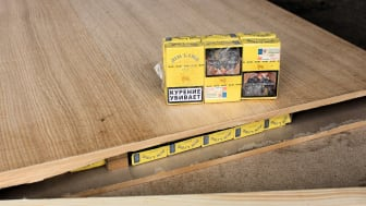 Table top tobacco crime gang sentenced - Cigarettes hidden inside and shown on table top (SE 01.17)