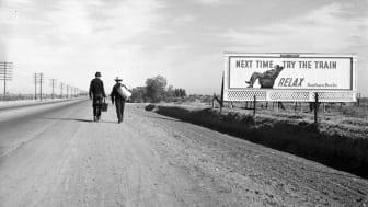 Toward Los Angeles, California. Mars 1937.