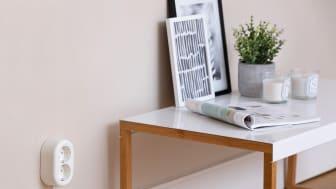 - Kodin sähköturvallisuutta voi parantaa helposti vaihtamalla uudet pistorasiat pinta-asennuksena vanhojen tilalle, vinkkaa Schneider Electricin asiantuntija.